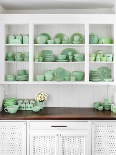 e0ce005eb1c These green glass pieces will put your kitchen shelves and cupboards in  mint condition.