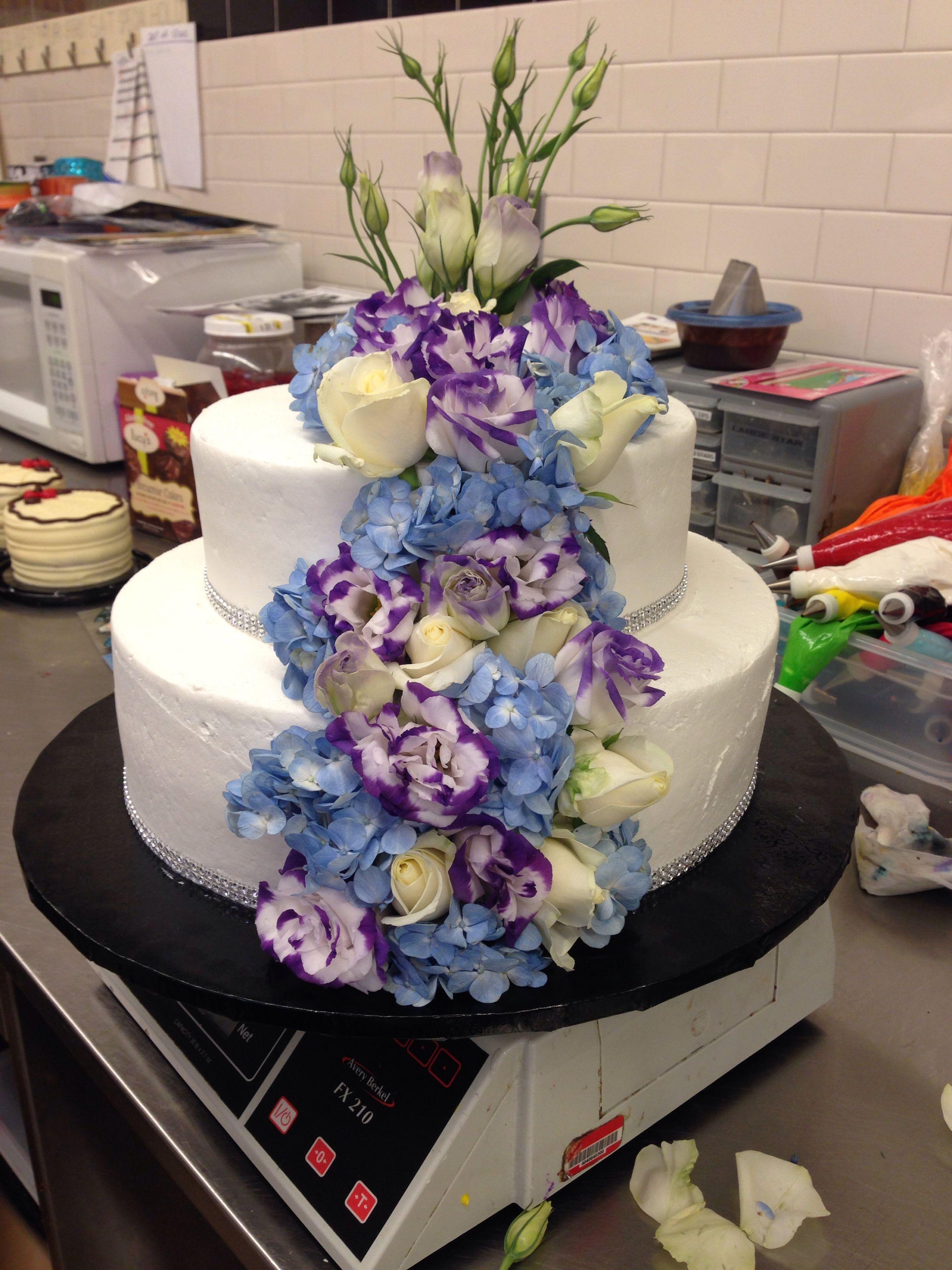 Albertsons wedding cake. Fresh Floral Wedding Cake | Haggen Del ...