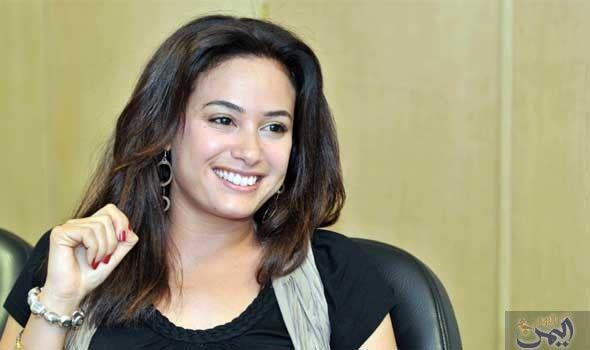 هند صبري تبدي سعادتها بالعمل في Beauty Latest Video