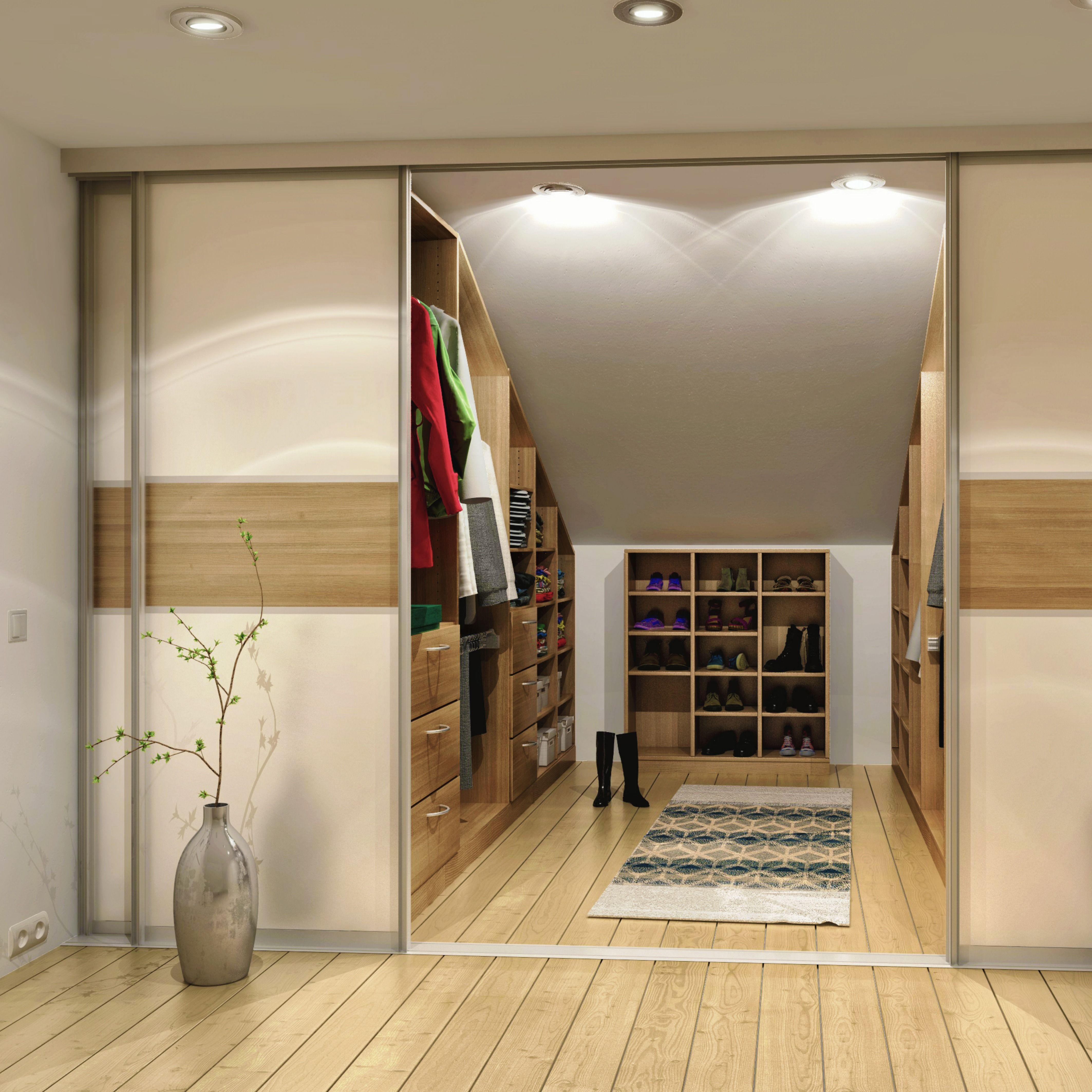 Pin Von Justicia Ben Auf Home Dachschrage Einrichten Ankleide Zimmer Ankleide