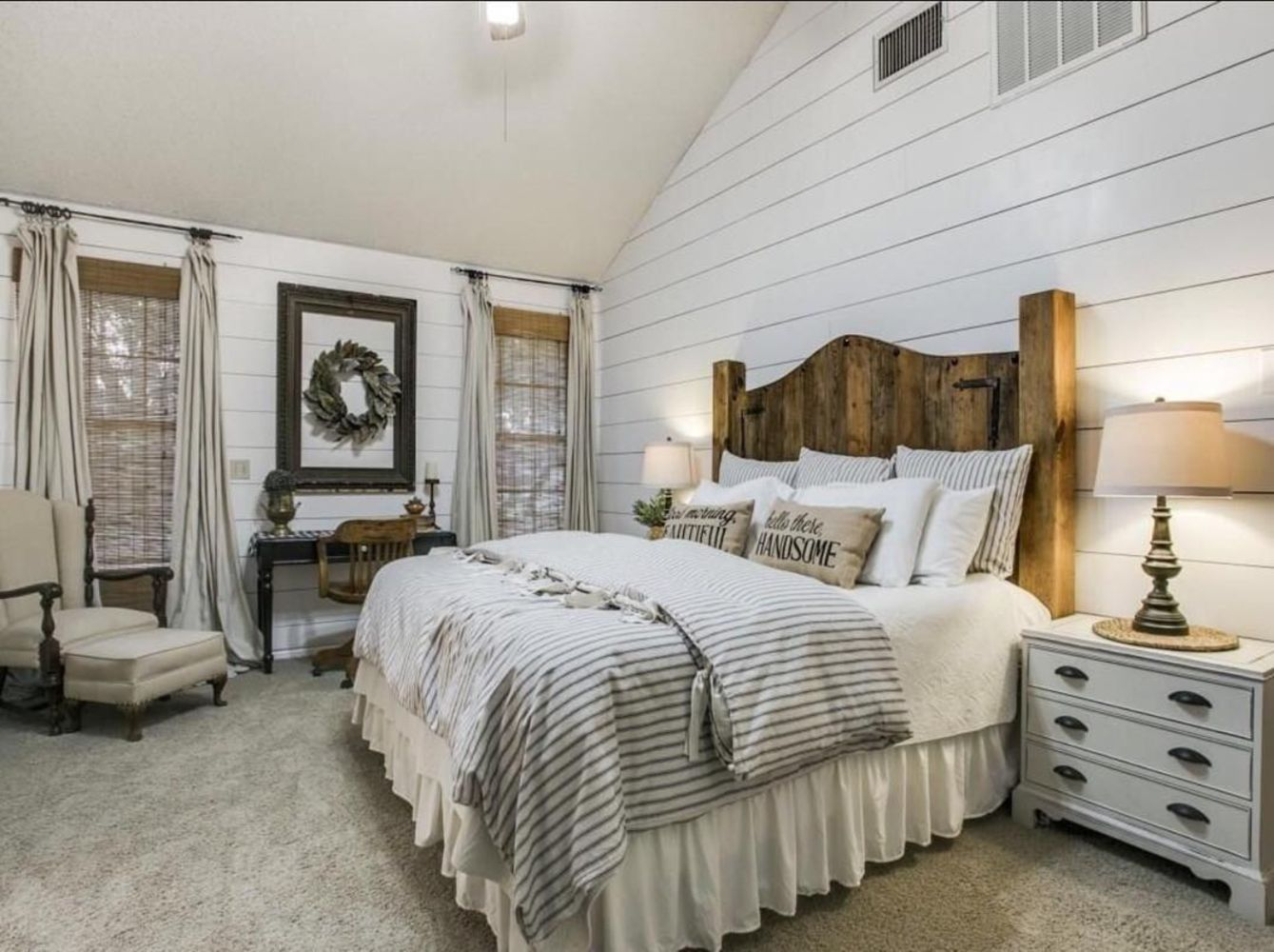 Cool 53 Beautiful Urban Farmhouse Master Bedroom Remodel
