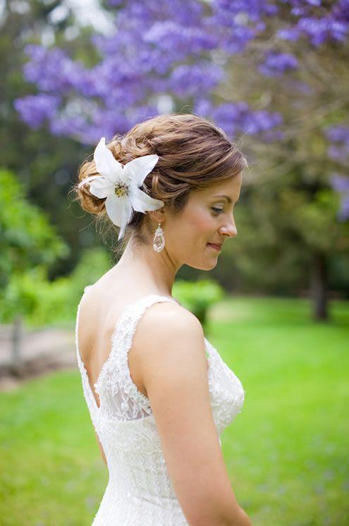 Easy beach hairstyles simple beach wedding hairstyle but looks easy beach hairstyles simple beach wedding hairstyle but looks elegance junglespirit Gallery