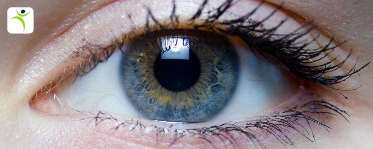 #آب_مروارید یا #cataract نوعی #بیماری_چشمی  با دلایل گوناگون است که با تار شدن #عدسی_چشم آغاز شده و با افزایش کدورت آن، #بینایی چشم مختل میشود. عدسي از آب و پروتئين ساخته شده و شفاف است تا نور بتواند از آن عبور كند. گاهي اوقات بخشي از اين پروتئينها تغيير يافته و منجر به كدورت قسمتهايي از عدسي ميشوند.#ويكي فارما  #WikiPharma www.wikipharma.me #خدايا  #Khodaya www.khodaya.com #آریاسان  #AriaSun  www.ariasun.co