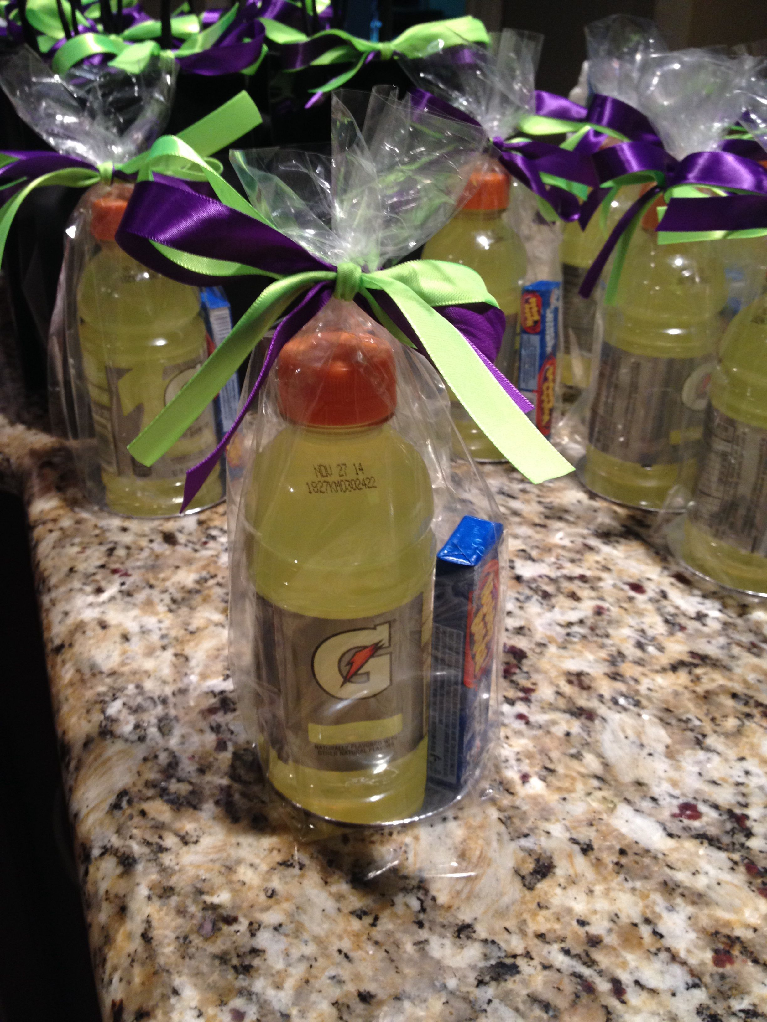 Pin By Caitlyn16 On Volleyball Volleyball Snacks Volleyball Team Gifts Soccer Gifts