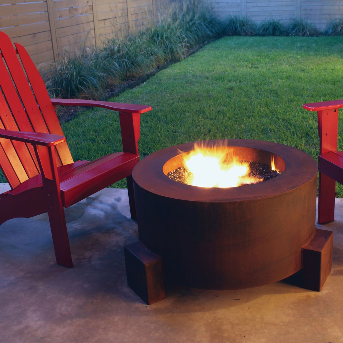 Cor-Ten Steel Fire Pit | 30-In Round With Optional Lid - Cor-Ten Steel Fire Pit 30-In Round With Optional Lid Inspire