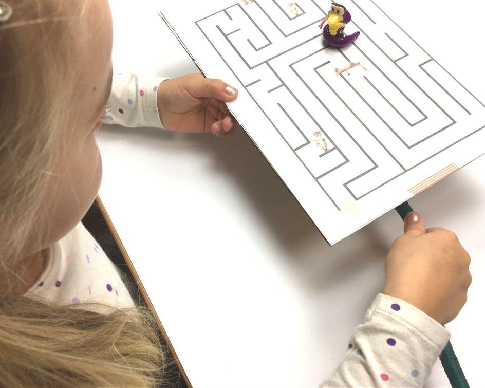 Mit Kindern basteln! Lustiges Labyrinth mit Magneten. | Einfache ...