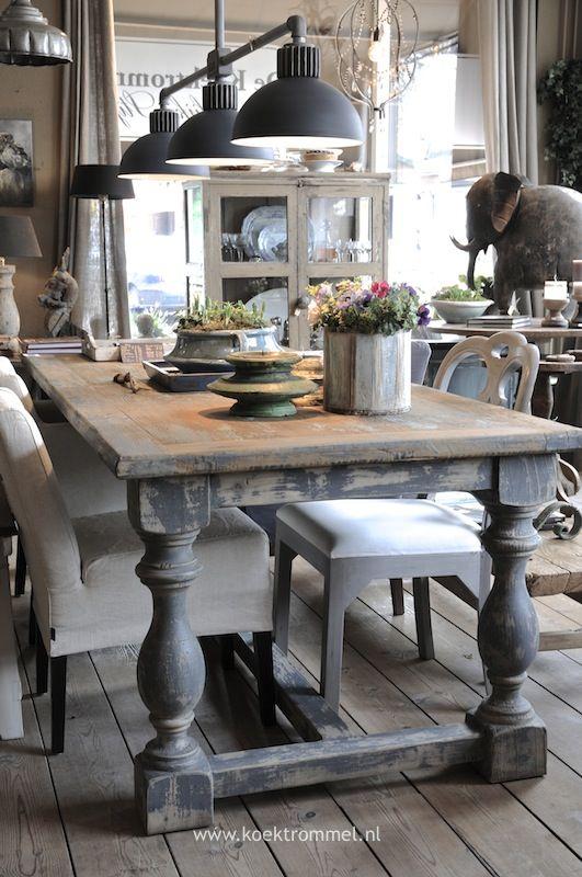 kasteeltafel met frezoli hanglamp i wanna do this pinterest rh pinterest com Small Country Kitchen Tables Country Farm Kitchen Tables