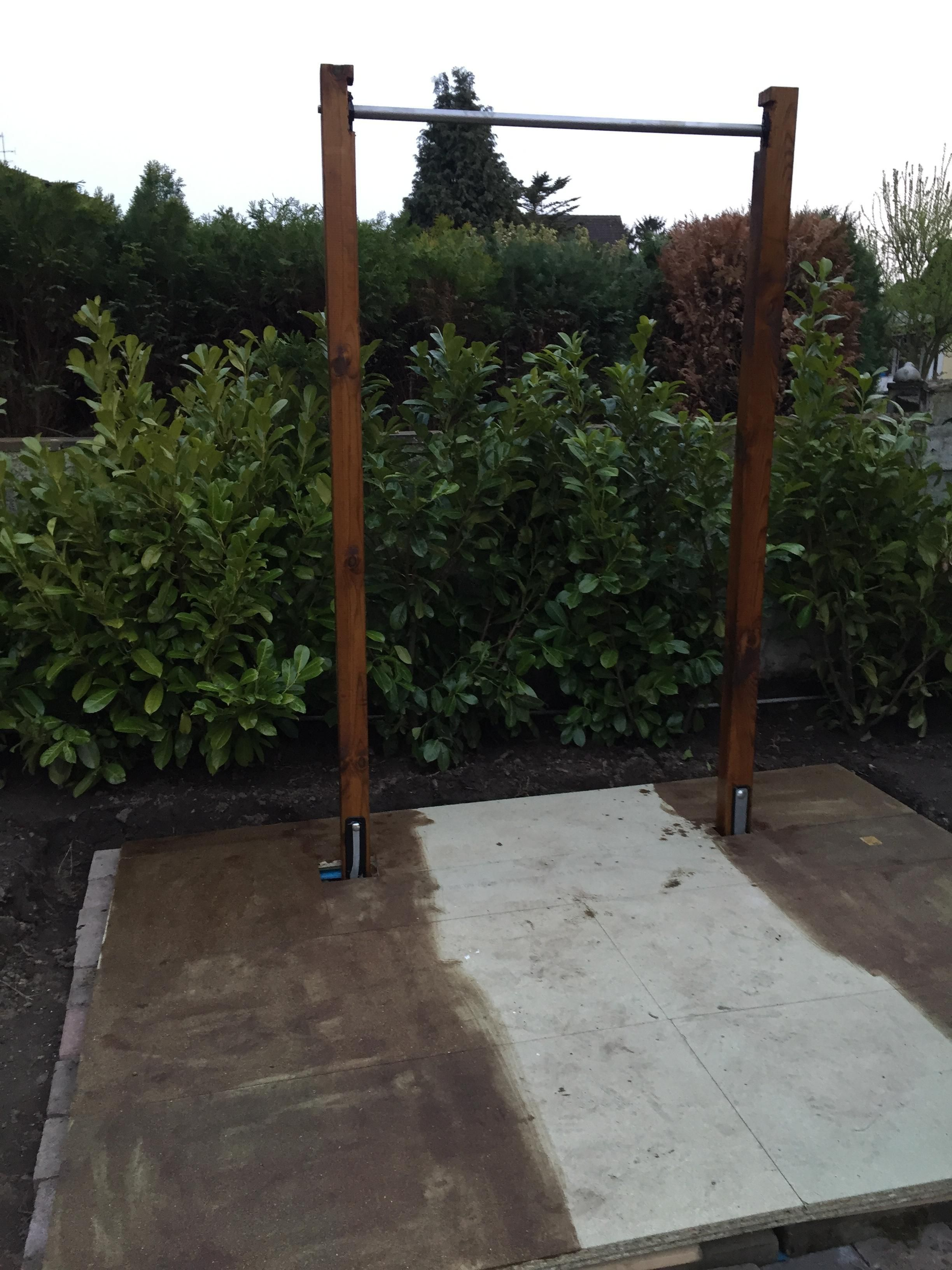 Diy outdoor weightlifting platform and rack gym weightlifting