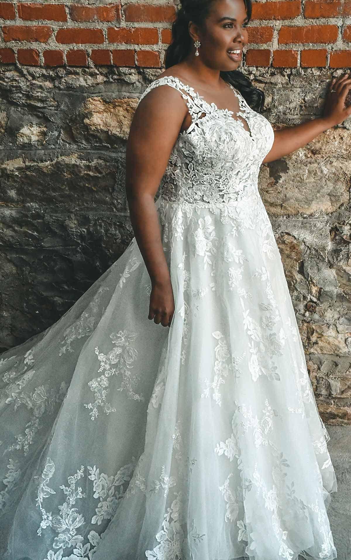 Wedding Dress Style D2805 Essense Of Australia Plus Size Wedding Dresses With Sleeves Plus Wedding Dresses Essense Of Australia Wedding Dresses [ 1914 x 1200 Pixel ]