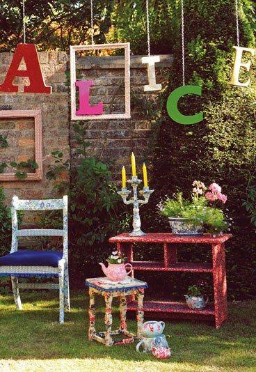 Mit stoff verzierte m bel garten deko ideen bildderfrau - Alice im wunderland deko ...