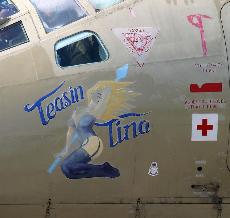 Image from http://www.ukairshows.info/2004/airshows/bruntingthorpe/Photographs/victor_noseart.jpg.