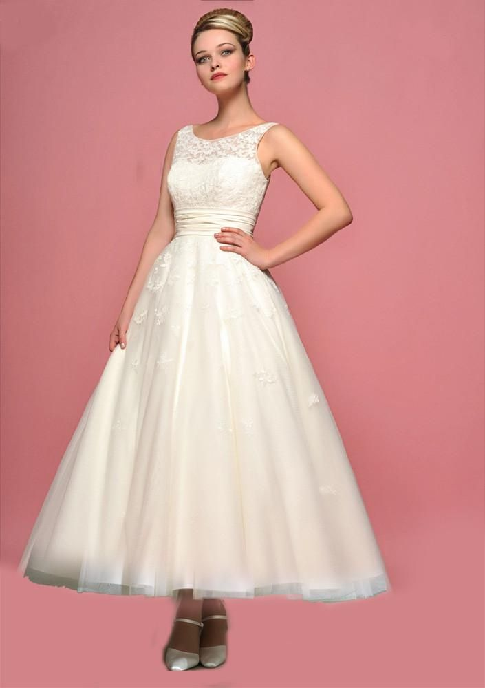 Retro Vintage Style Tea Length Lace Wedding Dress with Round Neck ...