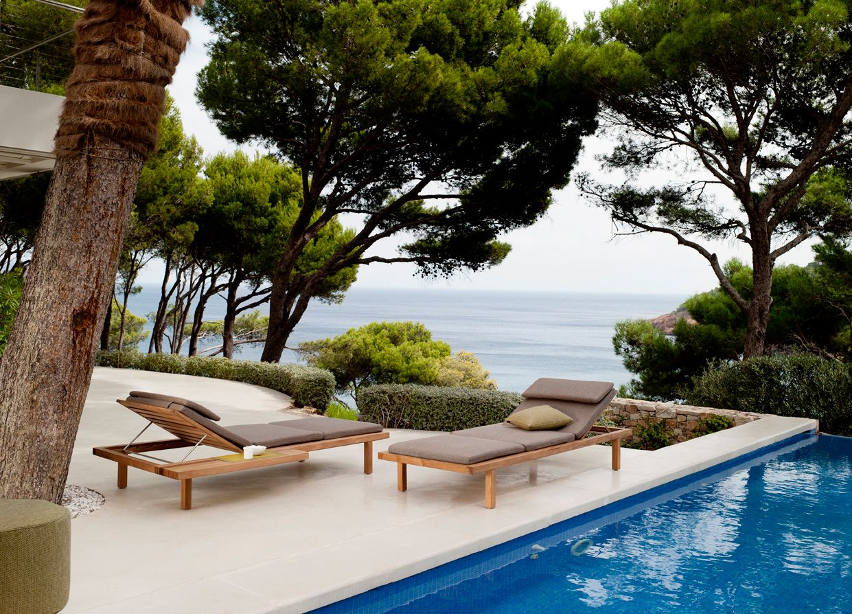 adjustable loungers from the vis vis collection by trib - Outdoor Mobel Set Tribu
