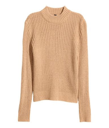 Beige. Long-sleeved mock turtleneck sweater in a soft rib knit. Slightly wider cut.