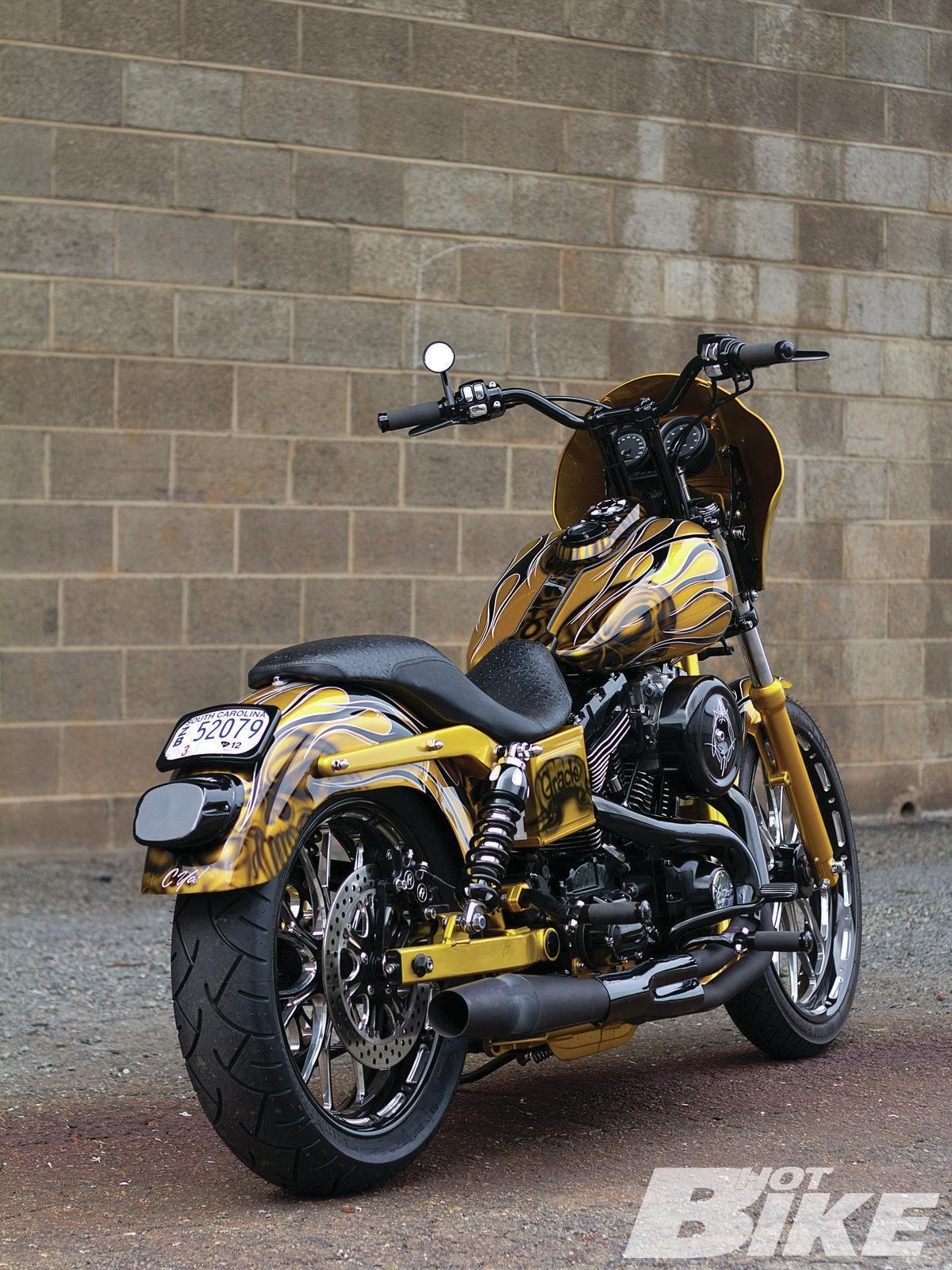 Intervention Dyna super glide, Harley davidson dyna