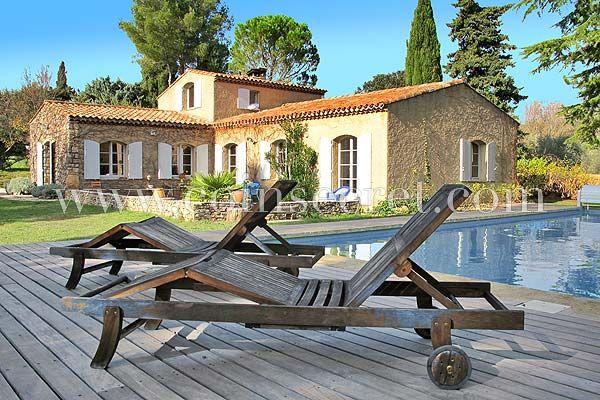Location du0027une villa de vacances avec piscine privée proche Aix en - location saisonniere avec piscine privee
