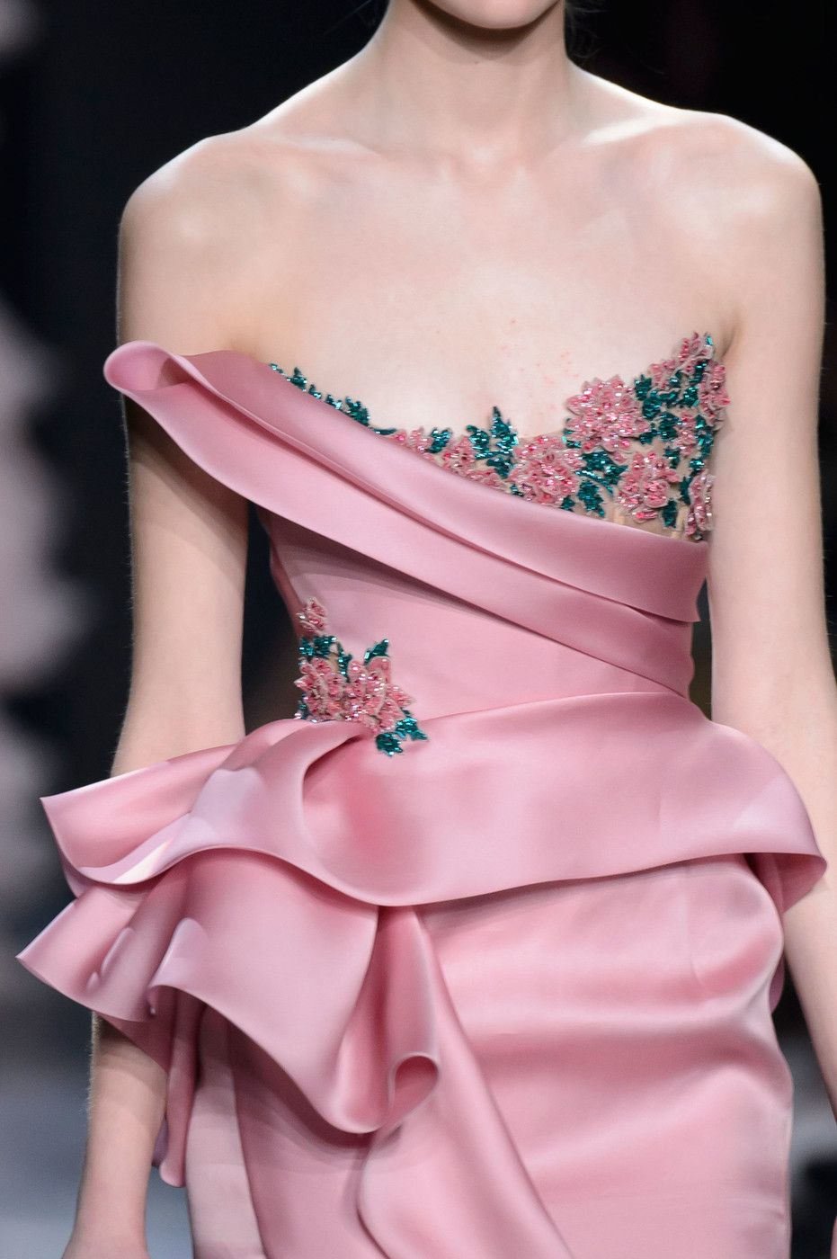 Marchesa, Fall 2016 - The Most Beautiful Runway Details of Fall 2016 - Photos
