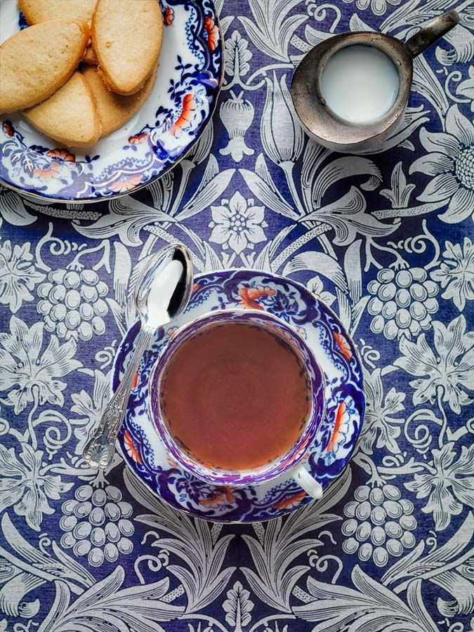 Thestylishacademic The Stylish Academic From Dusty Old Textbooks To The New Vogue Tea And Crumpets William Morris Morning Tea