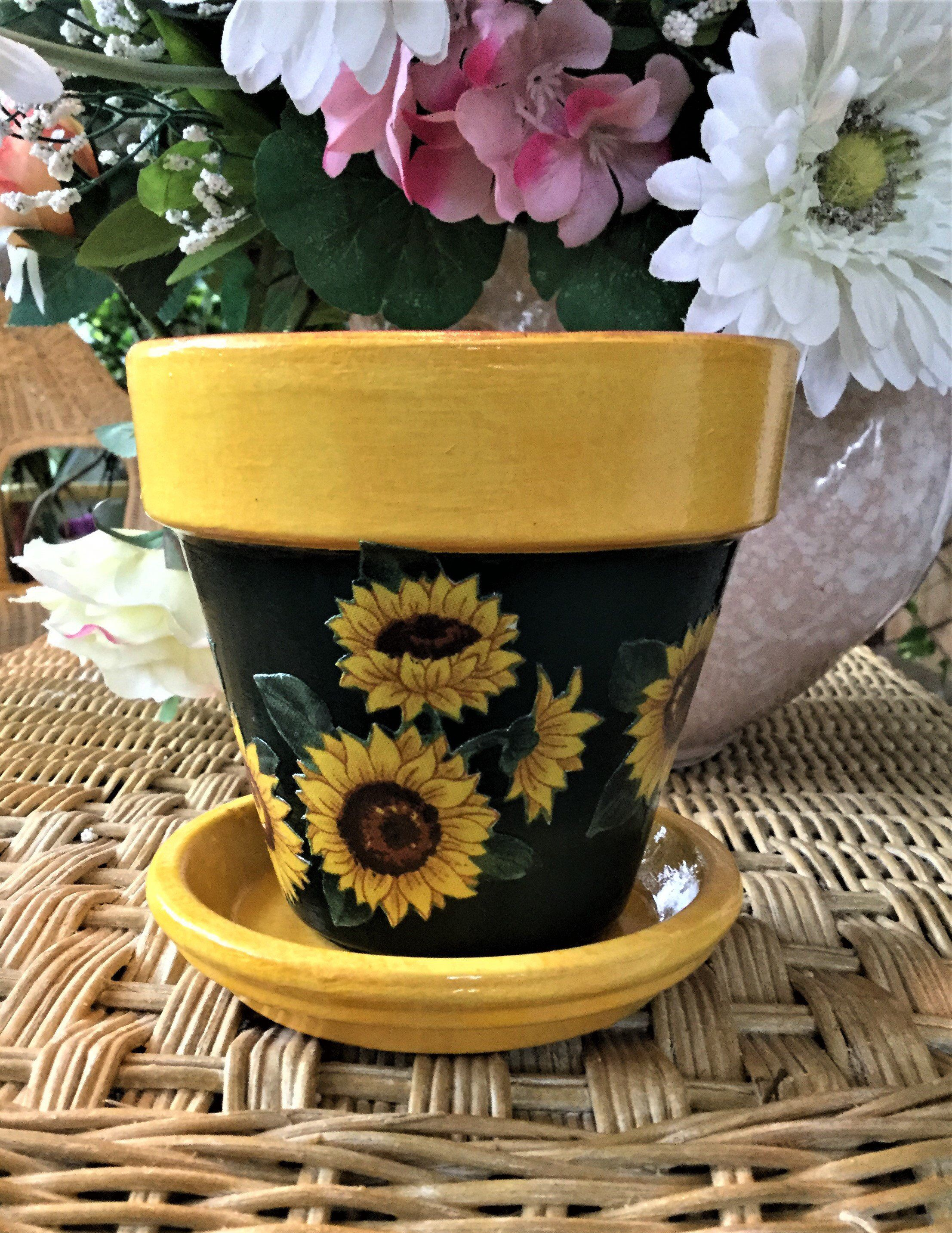 Sunflower Flower Pot With Saucer Sunflower Pottery Painted Painted Flower Pots Painted Clay Pots Flower Pots