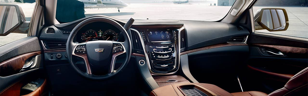 2016 Cadillac Escalade Interior >> Cadillac Escalade Meticulously Crafted Interior Automotive Tech