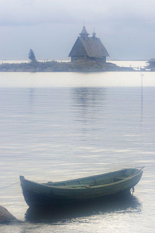 баской монах в лодке картинка чтобы собрать всех