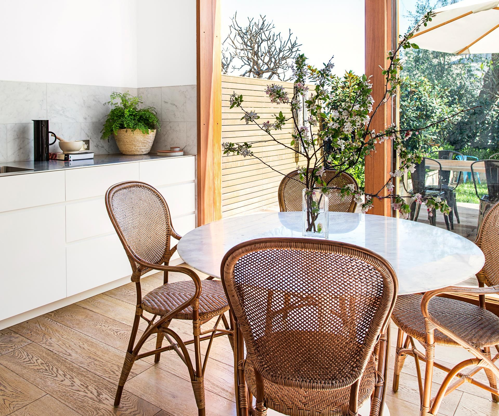 Dining Room Corner Decorating Ideas Space Saving Solutions: 8 Stylish Solutions For Small Spaces