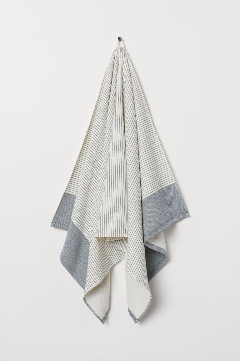 Striped Bath Towel In 2019 Want Blue Towels Striped Towels