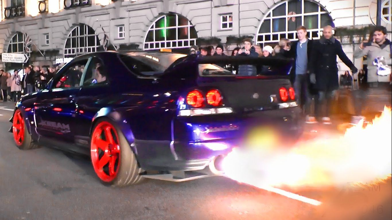Kream Developments Nissan Skyline GTR   Burnouts, Flames And LAUNCH!