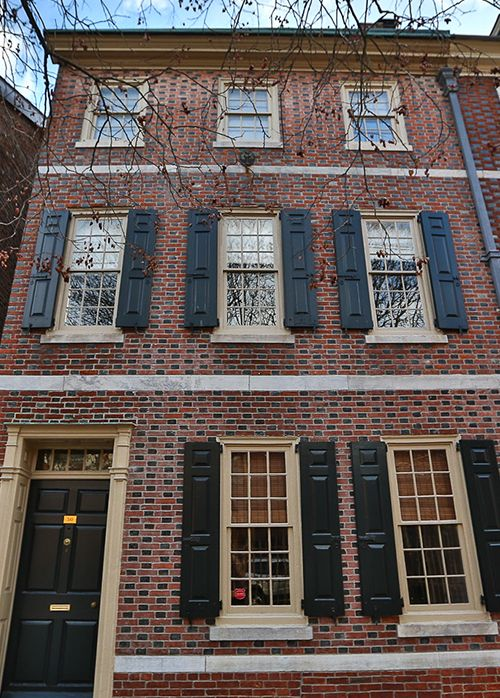 Society Hill Townhouse Steeped In History Asks 649k