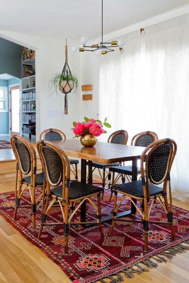 A 1920s California Tudor Gets A Modern Update Moroccan Dining Room Dining Room Wall Color Decor