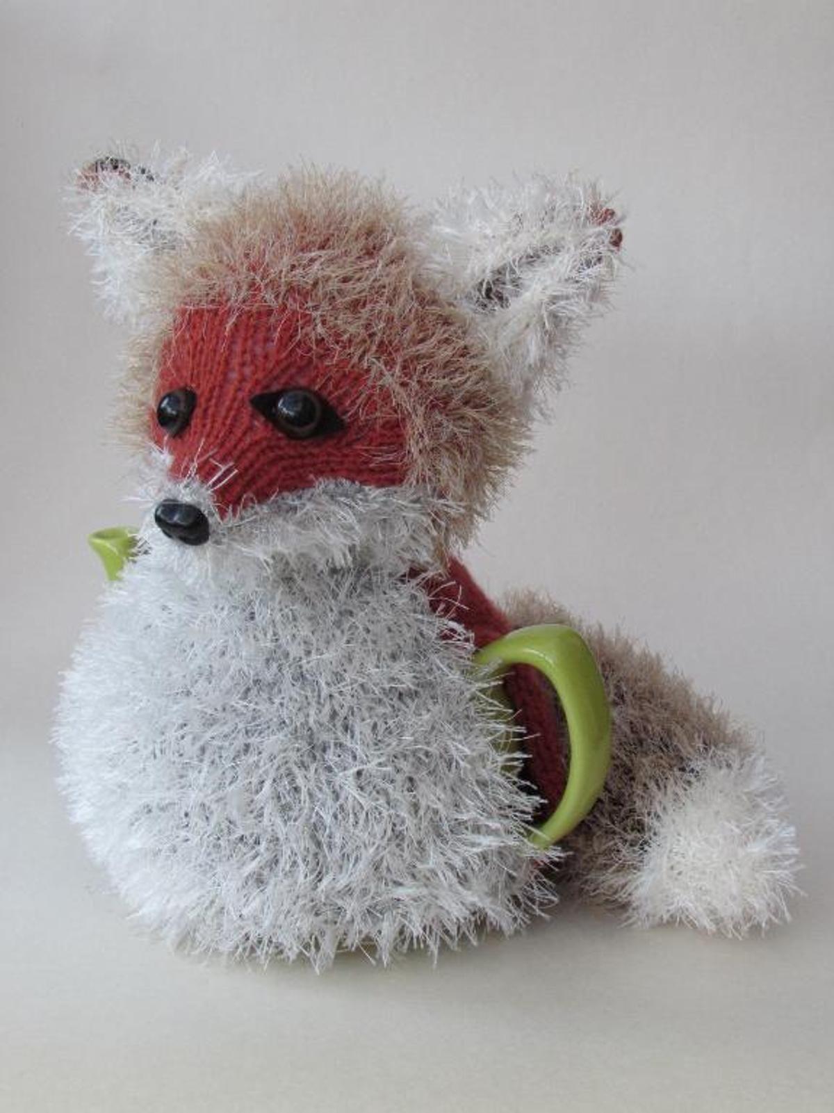 Fox Tea Cosy Knitting Pattern   Tea cosy knitting pattern, Cosy and ...