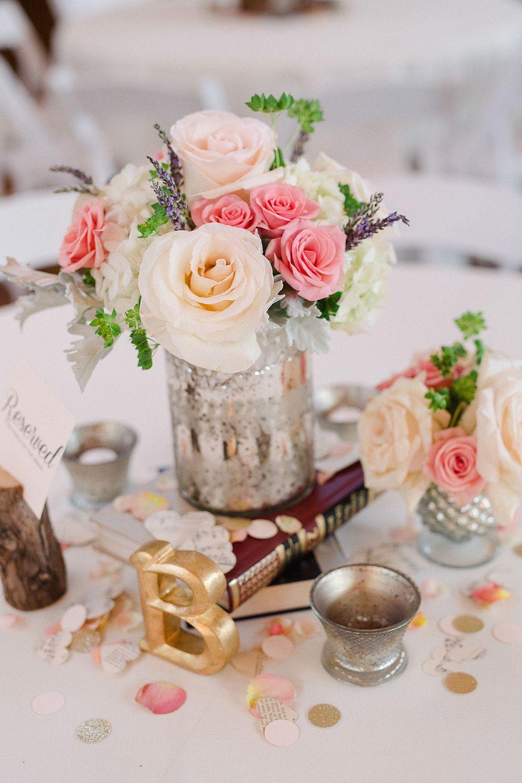 Centerpiece. Wedding reception. Pink spray rose. Ivory ...