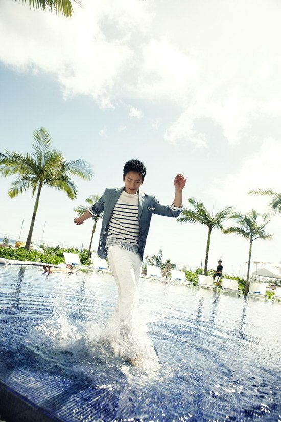 Handsome South Korean actor Ji Sung picture (30)