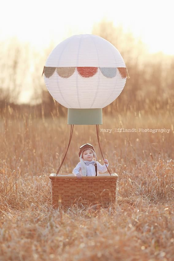 Воздушный шар с корзиной для фотосессии