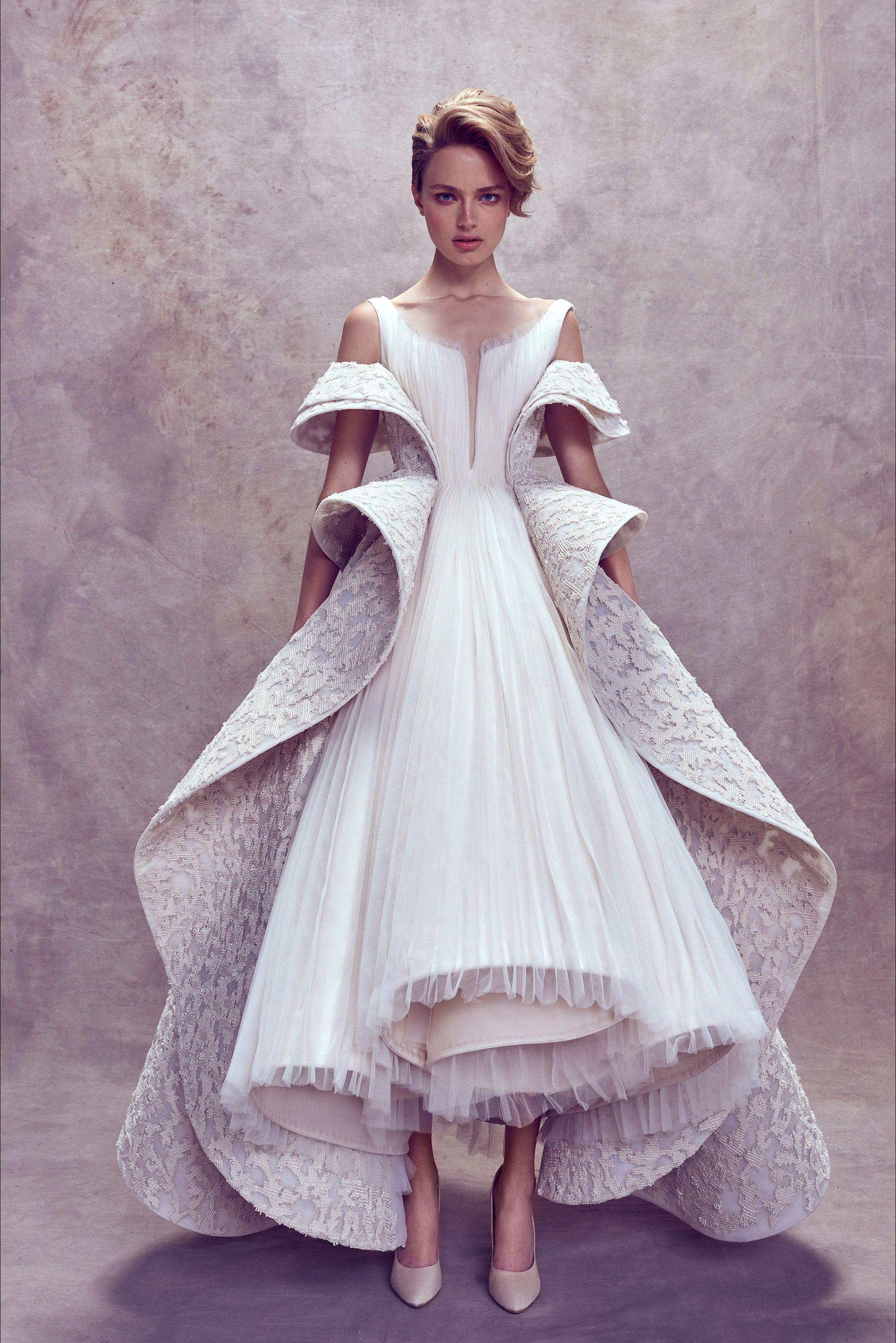 e33146b657b0 Sfilata Ashi Studio Beirut - Alta Moda Autunno-Inverno 2017-18 - Vogue