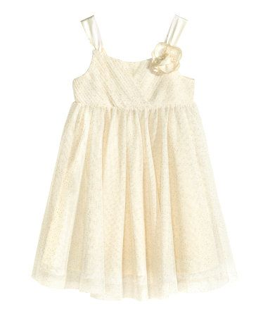 678f2390e2e I lied! THIS is the flowergirl dress!! White tulle with gold glitter ...