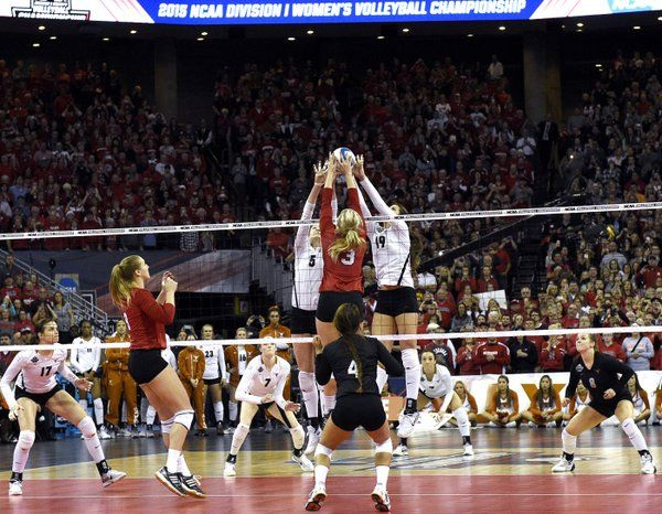 Volleyball Photo Mag On Women Volleyball Volleyball Photos Volleyball