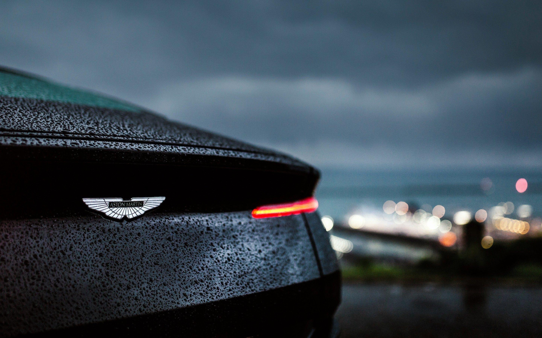Download Aston Martin Db11 Rain 4k Macbook Pro Retina Hd