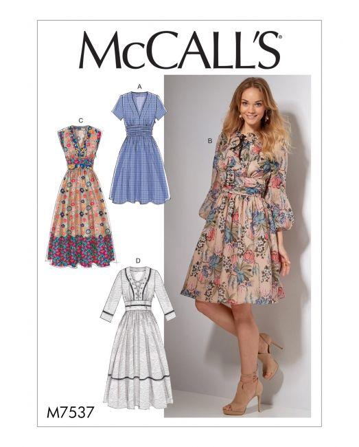 Kleid ausschnitt englisch