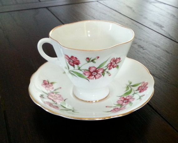 Hey, I found this really awesome Etsy listing at https://www.etsy.com/listing/157643873/antique-windsor-bone-china-floral-tea