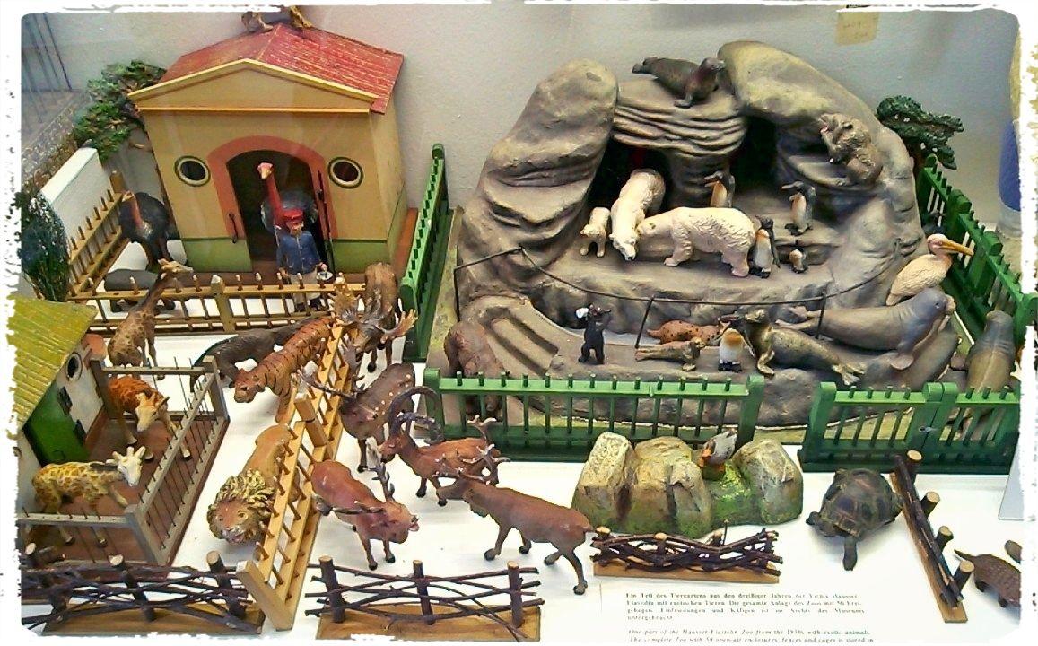 Munchen Toy Museum Toy Zoo Vintage Toys Kids Daycare Batman Smells
