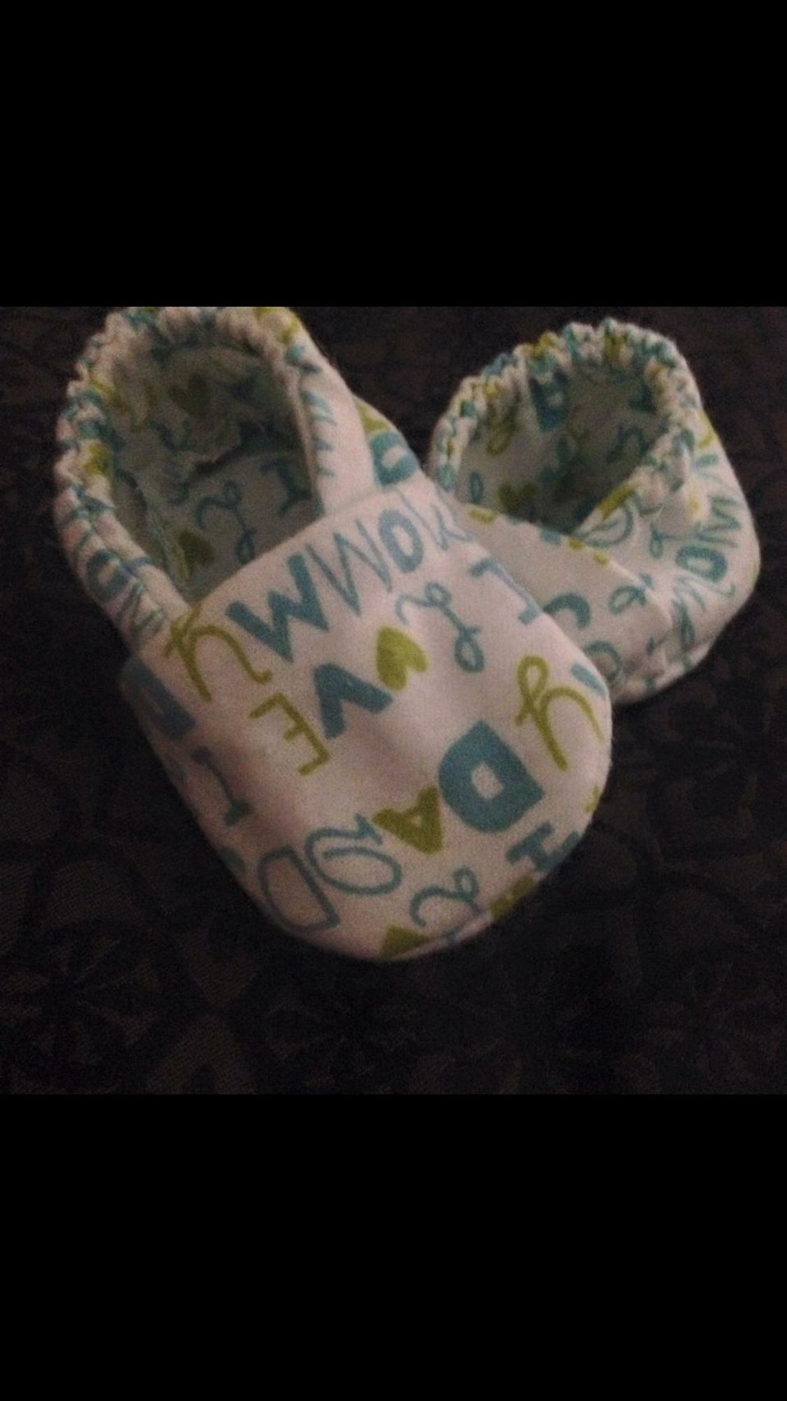 Boys or Girls baby shoes They say I love mommy I love daddy so