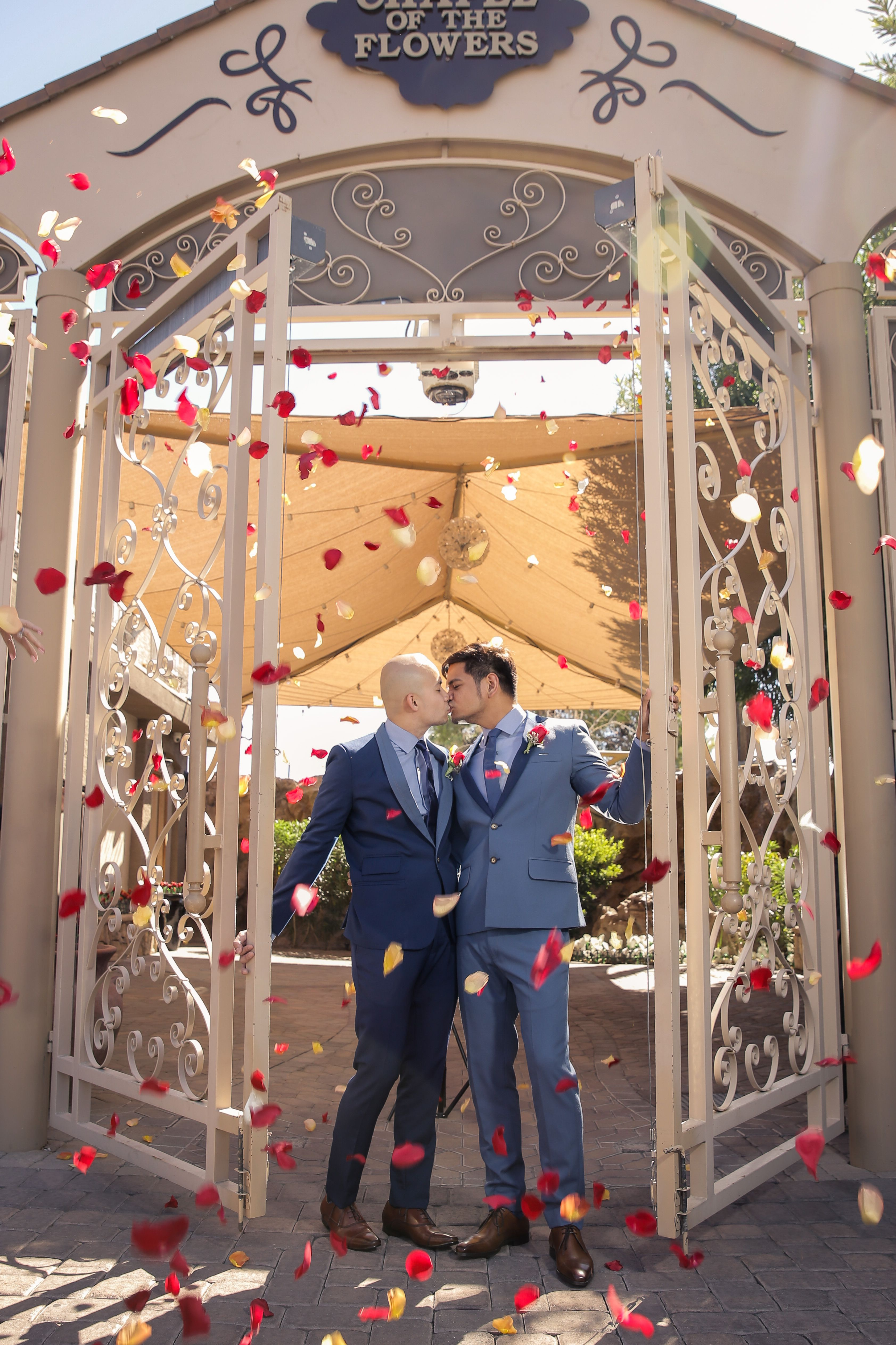 Las Vegas Wedding Packages All Inclusive.Victorias Family All Inclusive Las Vegas Wedding Ceremony