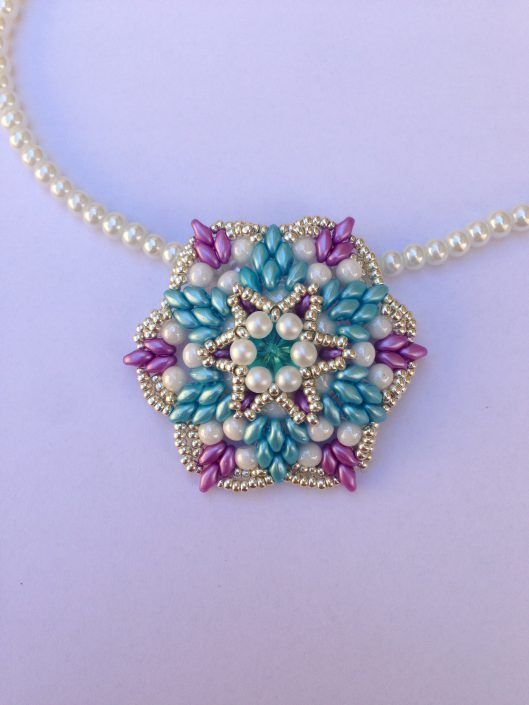 Creative Interviews Jessica Massari Creare Con Le Perline Bead Work Jewelry Jewelry Making Bead Work
