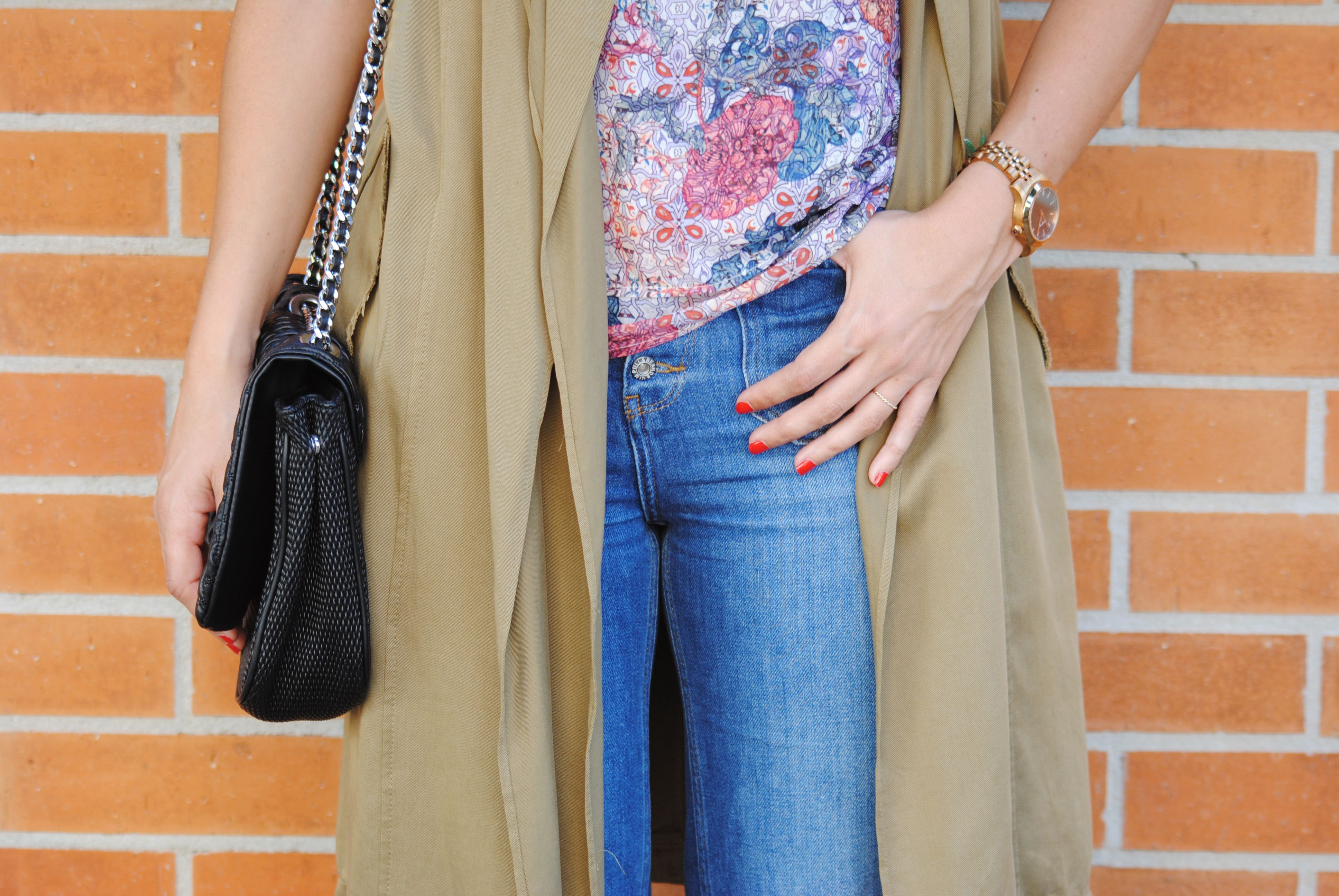 http://www.fashion-south.com/2016/06/soft-trench.html