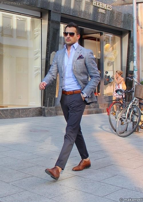 680b99f9e87 Casual Work Wear, Men's Wardrobe, Mens Fall, Smart Casual, Style Guides,