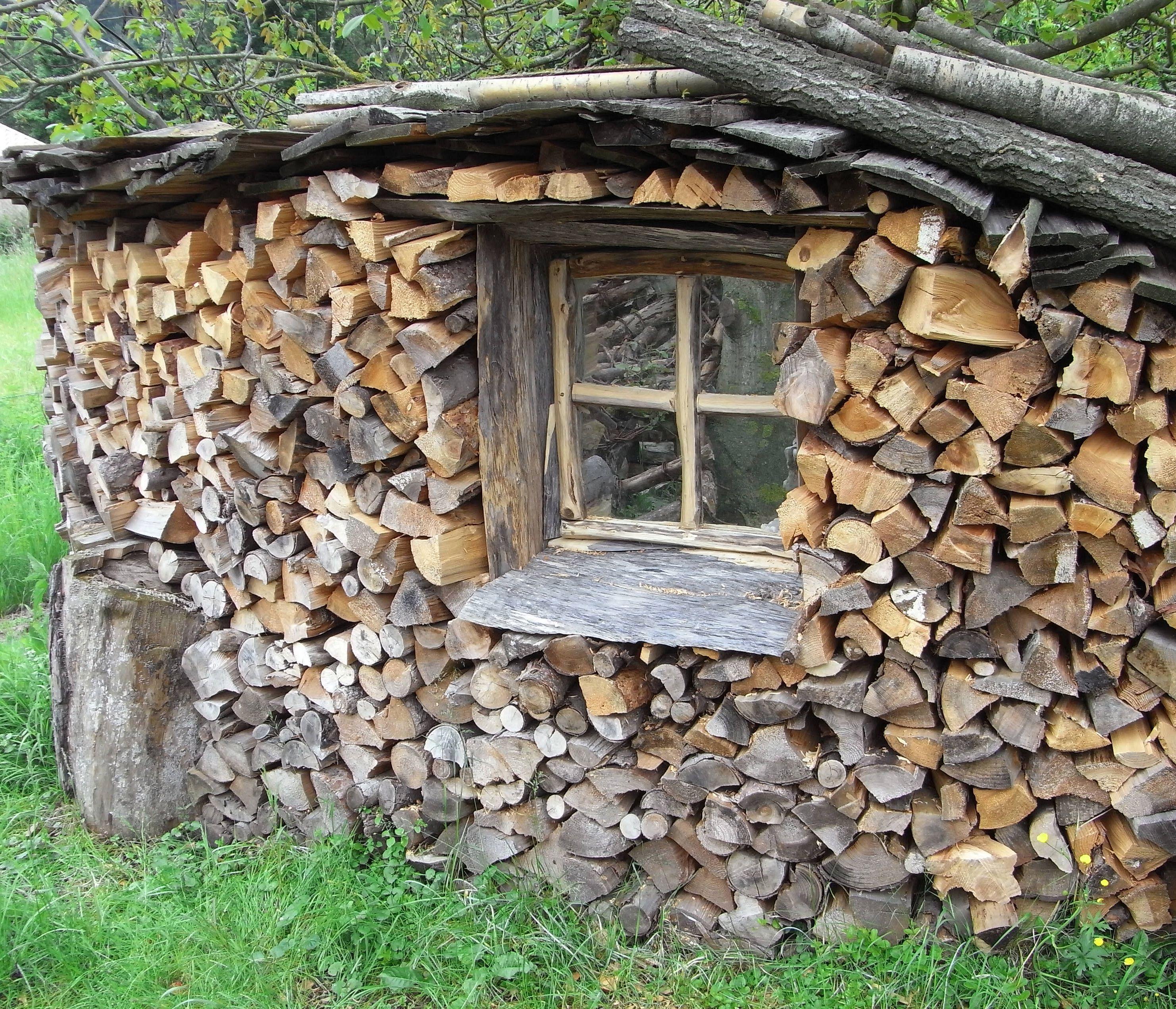 bildergebnis f r sichtschutz mit brennholz garten pinterest brennholz sichtschutz und g rten. Black Bedroom Furniture Sets. Home Design Ideas