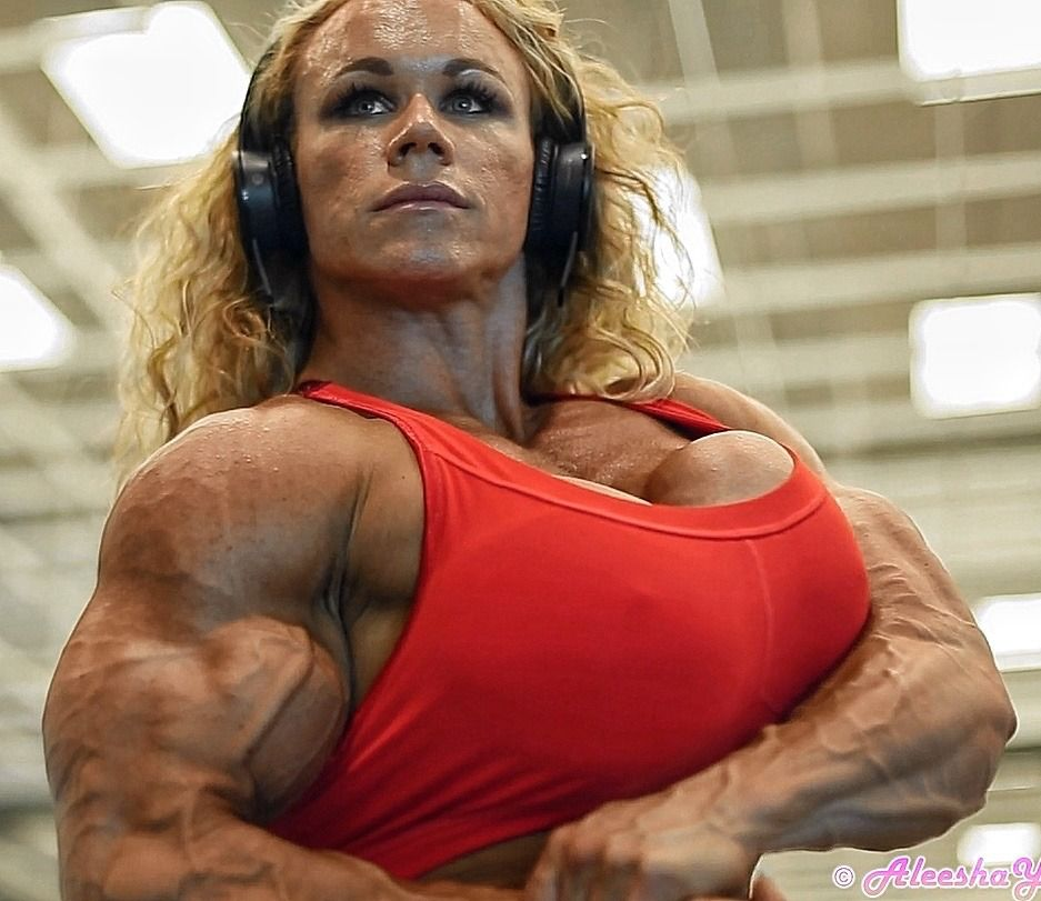 We Can Never Get Enough Of Aleesha Young Muscle Girls Bodybuilder Fit Women