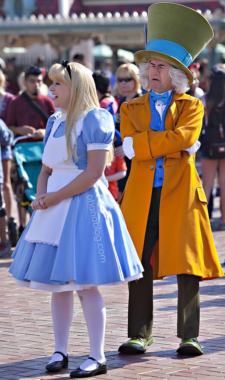 Disneyland // Alice In Wonderland and The Mad Hatter