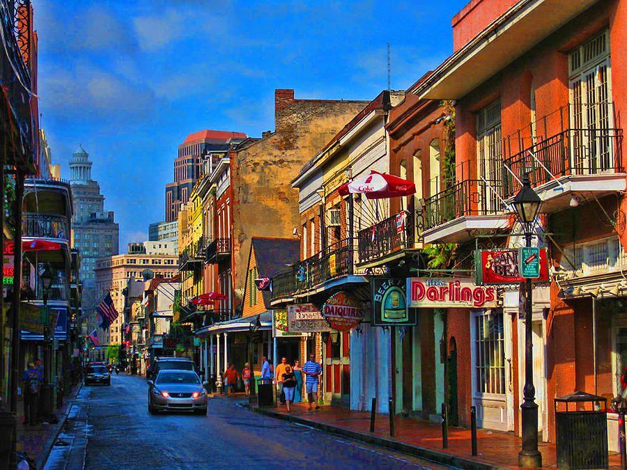 New Orleans Street Cars: New Orleans Street Scene In 2019